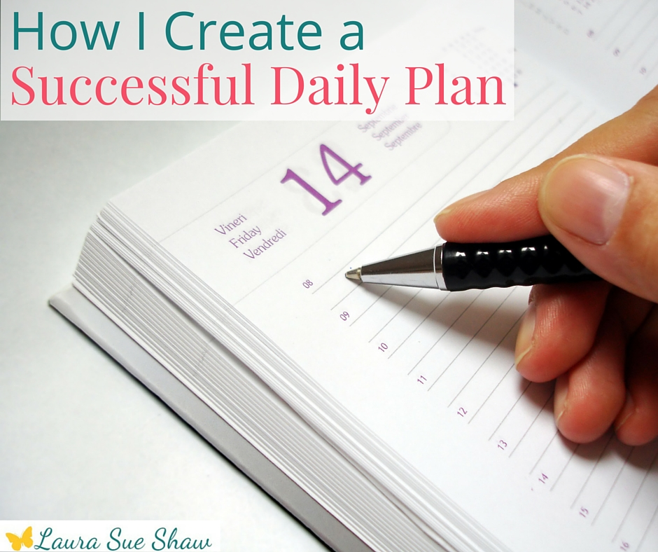 This is the process I use to create a successful daily plan each day. It's important to think about to do lists, appointments and more. Take a peek into my process and grab your free printable!