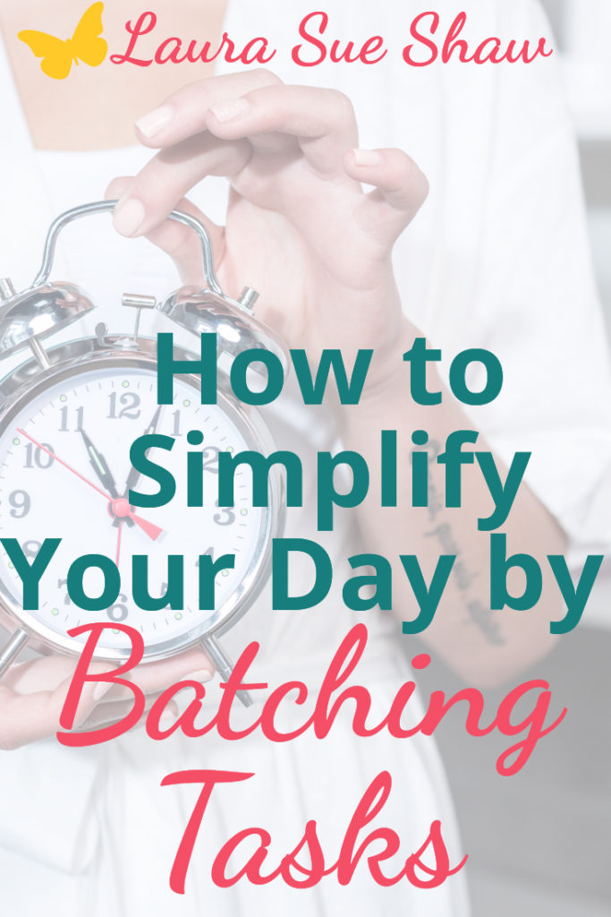 Create a more focused and productive day by batching tasks. Learn why it's so important and how you can get started applying this principle.