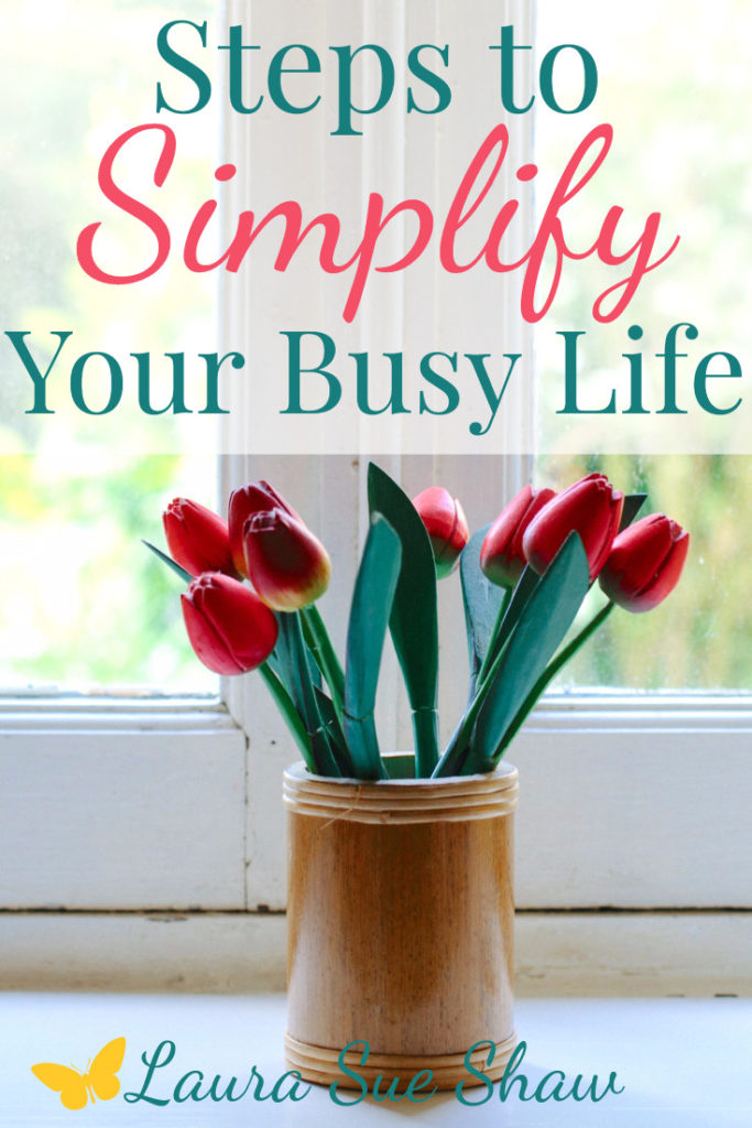 Here's how to simplify your life with 8 easy steps to get you started. If you're ready to make lasting change, this will help!